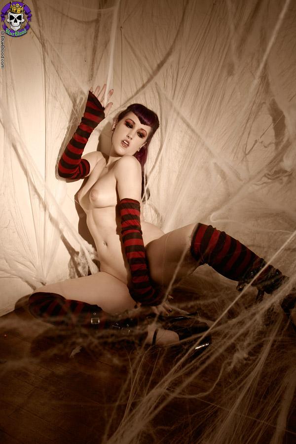 Half naked goth girls pic 166