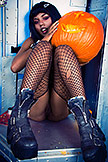 Preview Gothic Sluts - Gothic Dark Magik Babe Cooper Carving Pumpkins